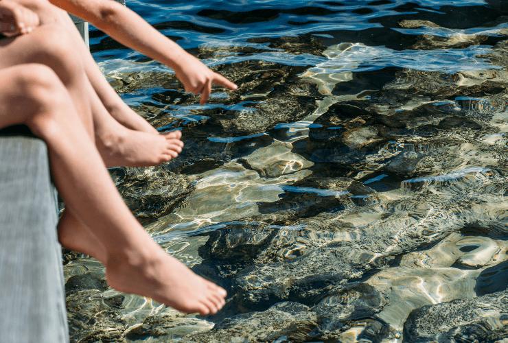 Lake Thetis, stromatolites Red Dirt 4WD Rentals