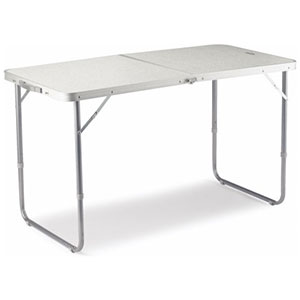 trestle-table Red Dirt 4WD Rentals