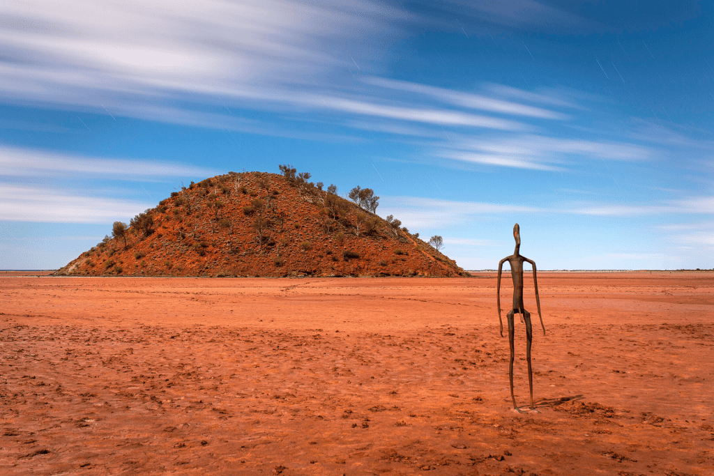 Australia's Golden Outback Red Dirt 4WD Rentals (1)