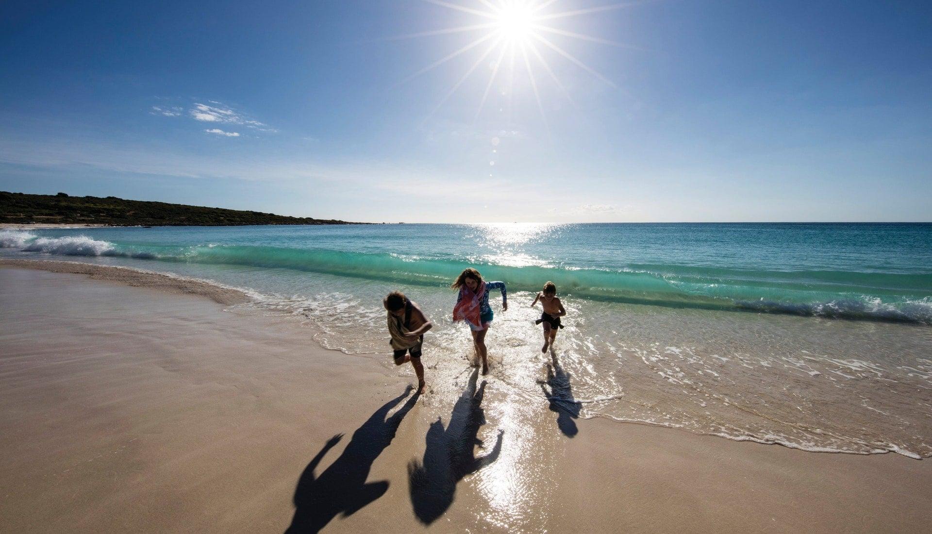 Smiths Beach, Yallingup Tourism Western Australia Red Dirt 4WD Rentals
