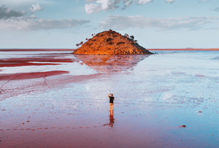 Tourism Western Australia Lake Ballard Red Dirt 4WD Rentals